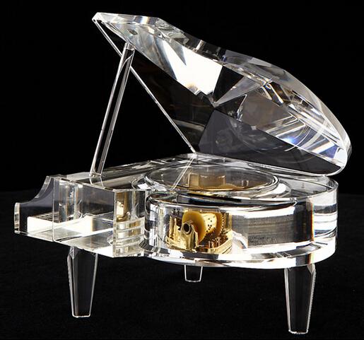 十八音水晶钢琴----水晶音乐盒 韵升精品机芯 最佳送女友礼物