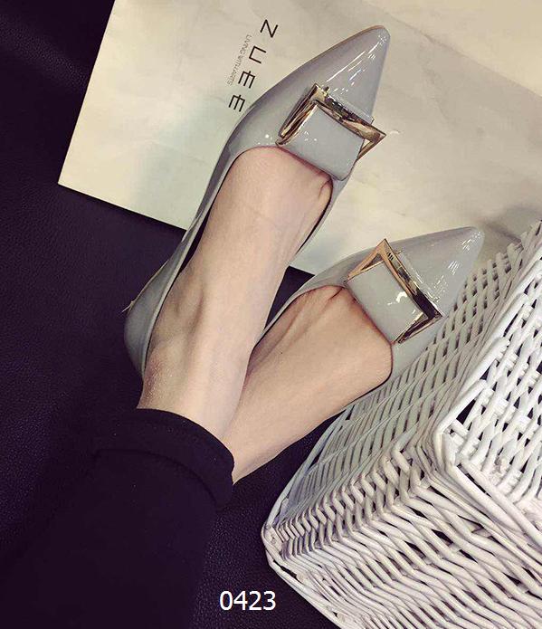 女鞋  59包邮尖头浅口平跟船鞋黑色灰色尺码:35-39