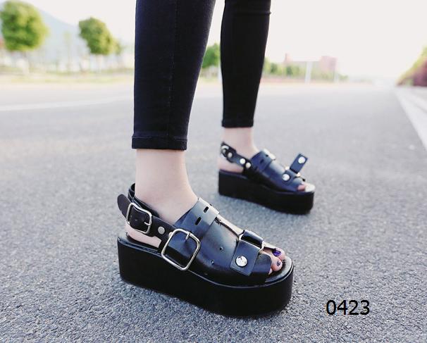 女鞋  72包邮韩版平底松糕凉鞋图片色尺码:36-39