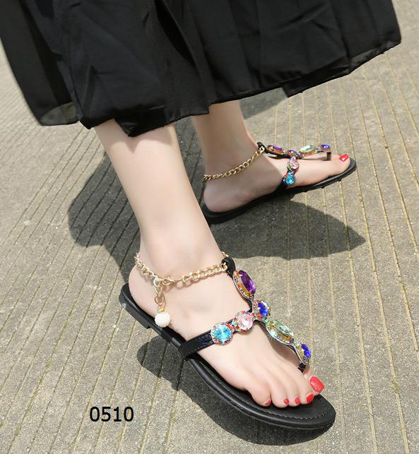 女鞋  50¥包邮韩版甜美平底凉鞋黑色白色